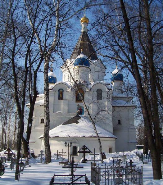 церкви рядом с новогиреево